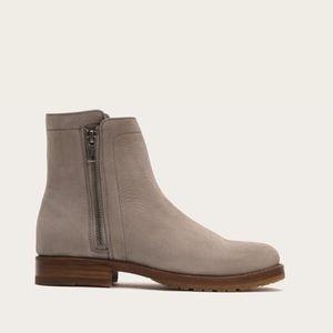 Frye Natalie Double Zip Boots Grey Sz 8.5 NWT